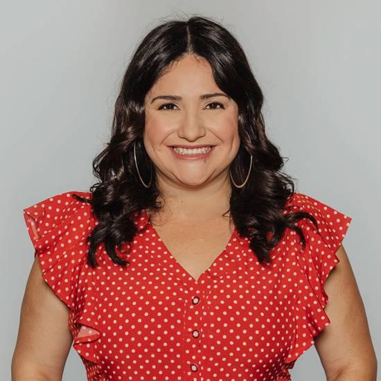 Jennifer-Aguirre-bio-image
