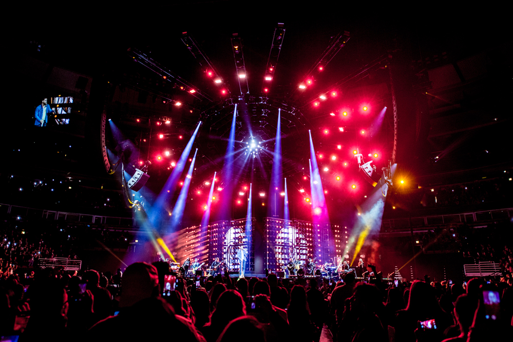 Behind the Build: Romeo Santos Golden Tour